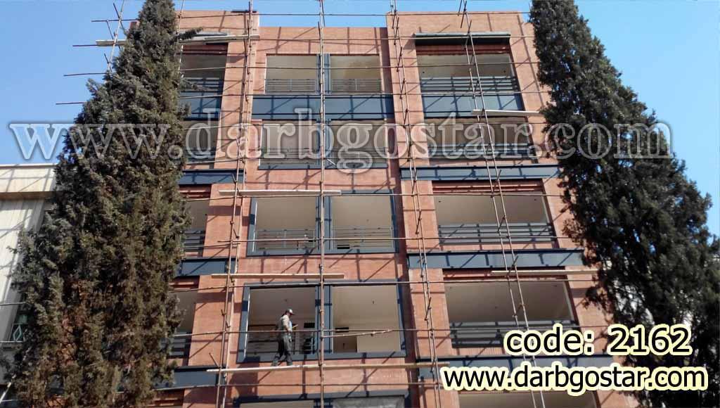 ورق کاری روی نمای ساختمان